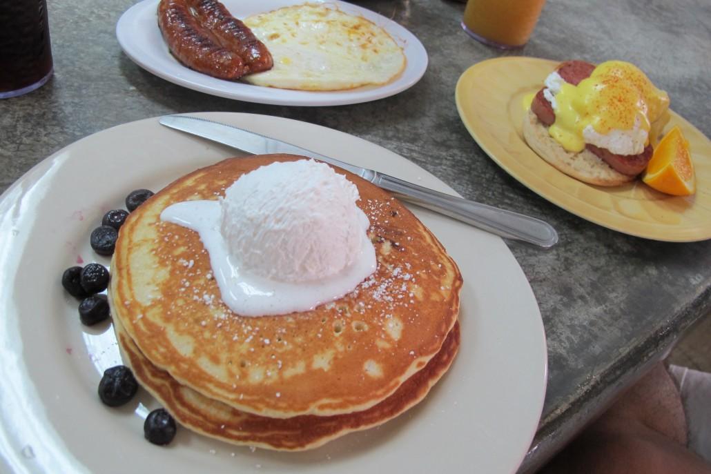 グアムの朝食専門店ザ・クラックドエッグの写真